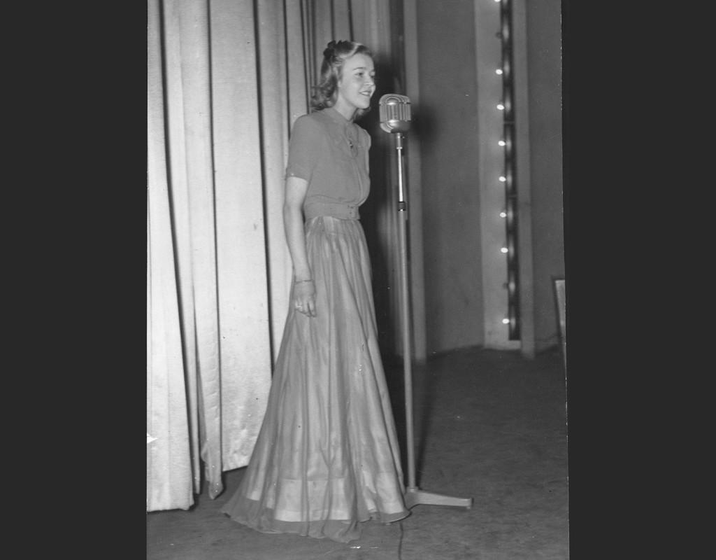 Alice Babs, jazzsångerska.
