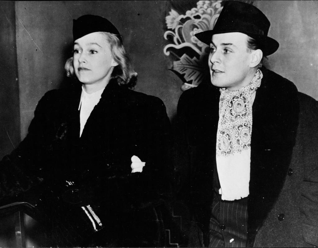 Hatt, här på Agneta Wrangel och Hasse Ekman.