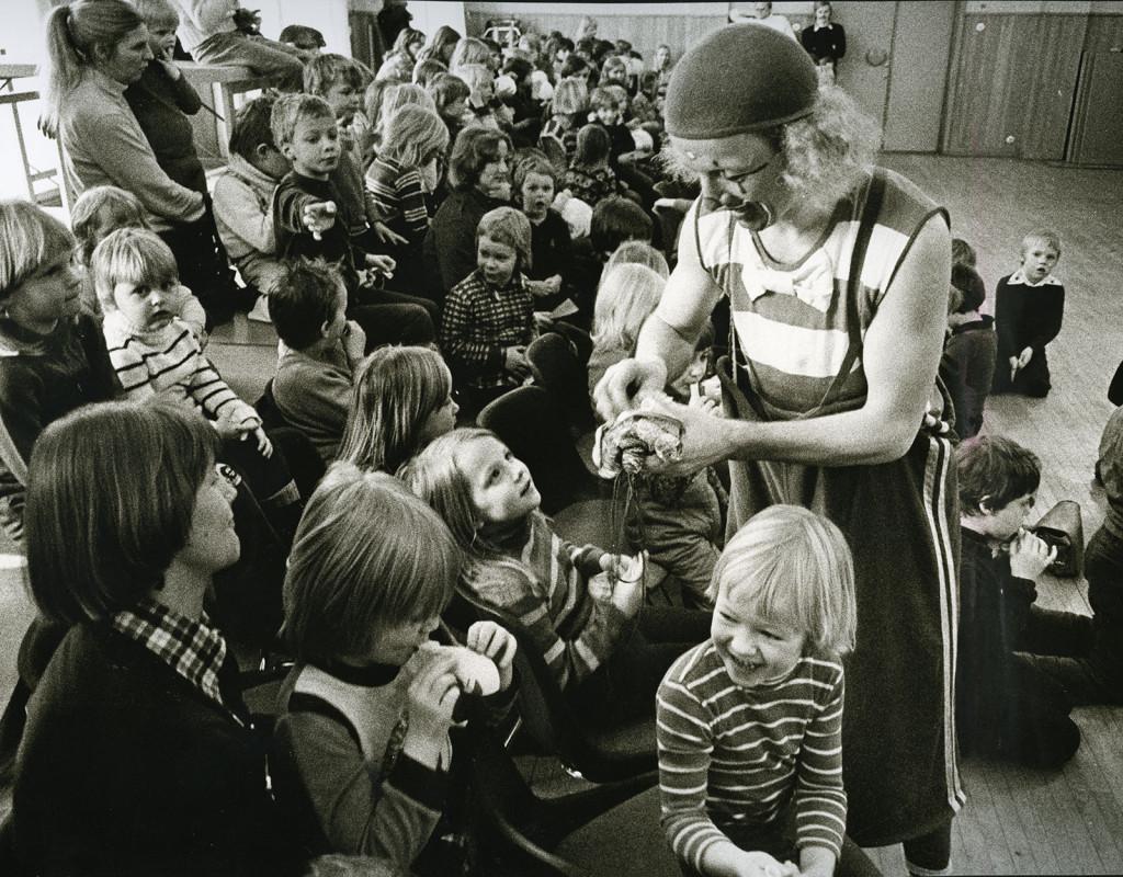 Tisdagskul med Clownen Manne (1974)