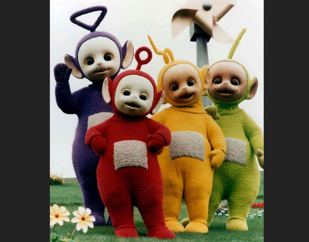 Teletubbies, en tv-serie för bebisar som började visas 1997. Karaktärerna pratade bebisspråk och allt var färgglatt. Den kristna högern oroades över att den lila figuren var homosexuell. Foto: AP